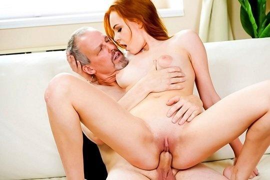Сэнди с огромными сиськами - порно фото